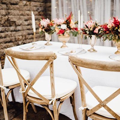 Möbel, Stühle, Tische kaufen bei TheChairCollection: b2b für Eventlocations